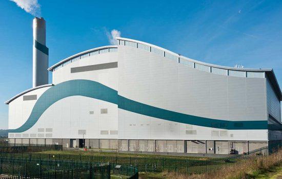 Velika Britanija, postrojenje za spaljivanje otpada Riverside, London (Waste-To-Energy Plant), isporuka sustava za čišćenje kotla.