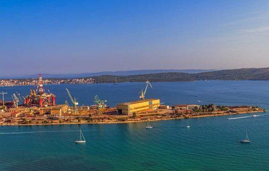 Hrvatska, brodogradilište Brodotrogir, Trogir, isporuka rezervnih dijelova za brodogradnju.