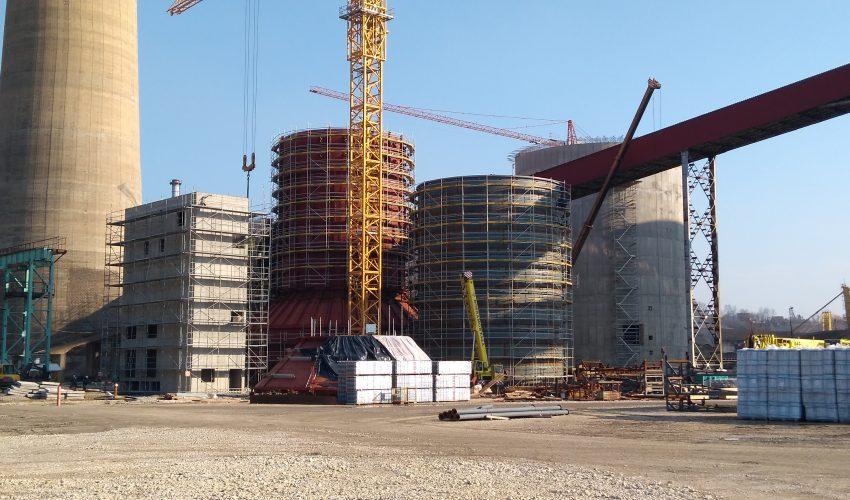 Der Baufortschritt der Rauchgasentschwefelungsanlage (FGD) im Braunkohlekraftwerk Ugljevik läuft planmäßig
